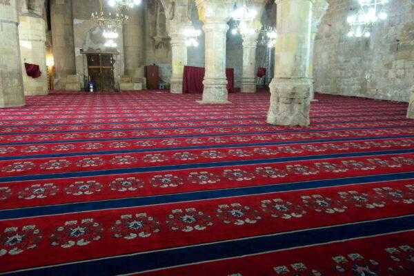 divrigi mosque inside