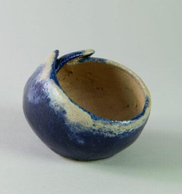 macete kusamono kurama azul y blanca